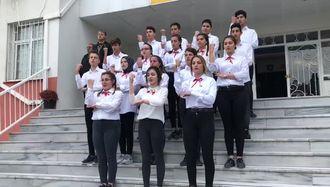 İstiklal Marşı işaret dili ile izle