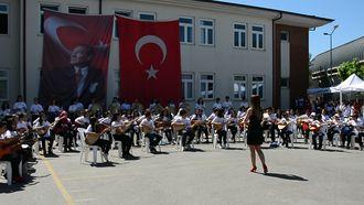 Şekerpınar Hasan Tahsin Ortaokulu Müzik Grubu - Senden Başka izle