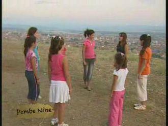 Geleneksel Çocuk Oyunları - Pembe Nine izle