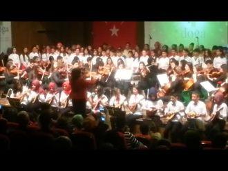 Konya Selçuklu Mehmet Akdoğan Ortaokulu Mandolin Korosu izle