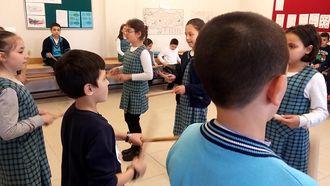 Kütahya Yenidoğan İlkokulu 4/c sınıfı orff çalışması izle
